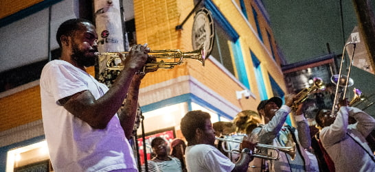 Frenchmen Street music perfomers